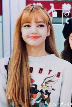 4-BLACKPINK-Lisa-Airport-Photo-Gimpo-19-September-2018