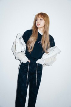 4-BLACKPINK Lisa X-girl Japan 2nd Nonagon Collaboration