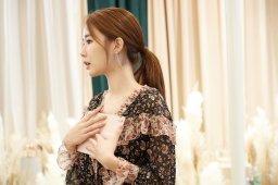 43-BLACKPINK-Lisa-Moonshot-Yoo-In-Na-Product-Launch-Event-Myeongdong