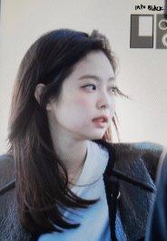 48-BLACKPINK Jennie Airport Photos Incheon to Paris Fashion Week