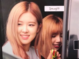 5-BLACKPINK-Rose-JFK-Airport-Photo-New-York-City