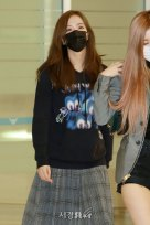 6-BLACKPINK-Jisoo-Airport-Photo-Incheon-Seoul-From-New-York