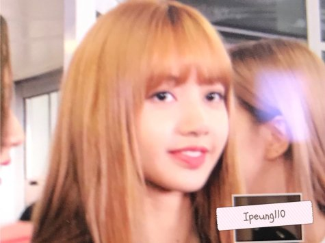 7-BLACKPINK Lisa JFK Airport Photo New York City