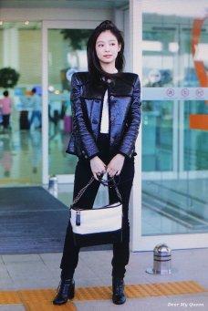 70-BLACKPINK Jennie Airport Photos Incheon to Paris Fashion Week