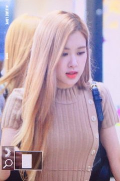 8-BLACKPINK-Rose-Airport-Photo-Gimpo-19-September-2018