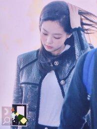 85-BLACKPINK Jennie Airport Photos Incheon to Paris Fashion Week
