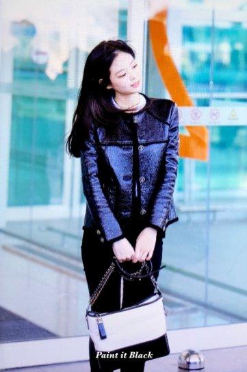 94-BLACKPINK Jennie Airport Photos Incheon to Paris Fashion Week