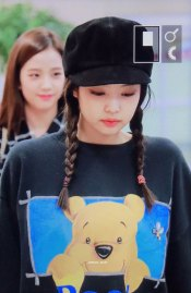 1-BLACKPINK-Jennie-Airport-Photo-10-October-2018-From-Japan