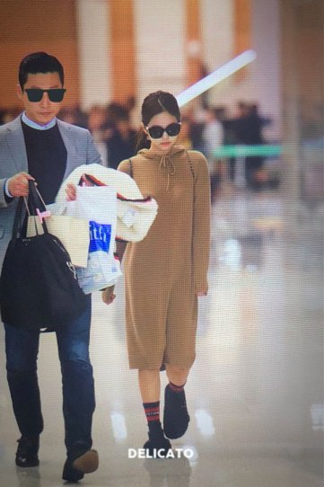 11-BLACKPINK-Jennie-Airport-Photo-Incheon-20-October-2018