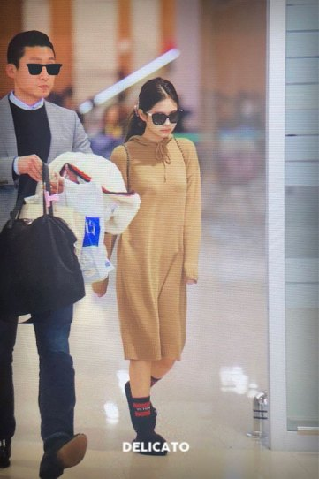 12-BLACKPINK-Jennie-Airport-Photo-Incheon-20-October-2018