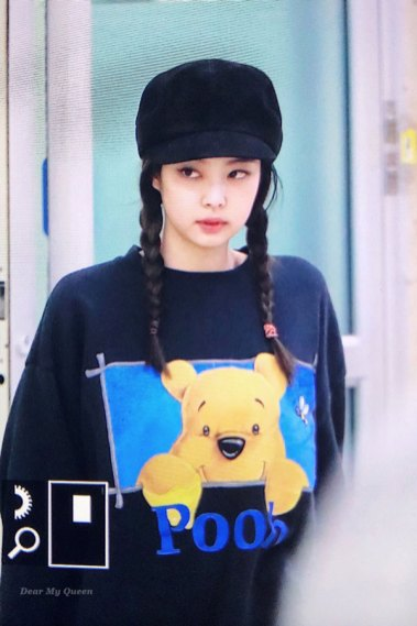 13-BLACKPINK-Jennie-Airport-Photo-10-October-2018-From-Japan