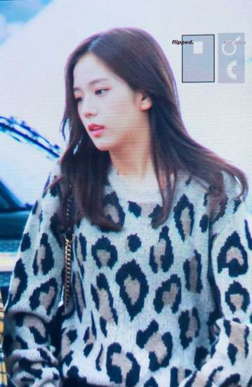 14-BLACKPINK-Jisoo-Airport-Photos-Incheon-5-October-2018