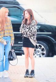 15-BLACKPINK-Jisoo-Airport-Photos-Incheon-5-October-2018