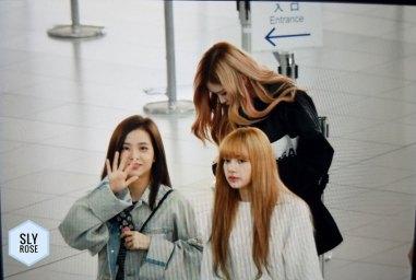 18-BLACKPINK-Jisoo-Airport-Photos-Incheon-Fukuoka-7-October-2018