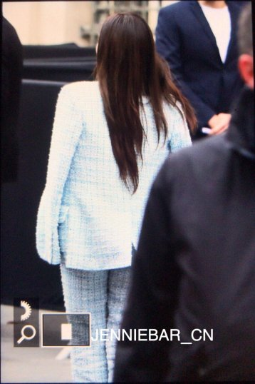 2-BLACKPINK Jennie Chanel Paris Fashion Week Fansite Photos