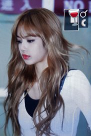 20-BLACKPINK-Lisa-Airport-Photo-10-October-2018-From-Japan