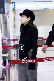 22-BLACKPINK-Jennie-Airport-Photos-9-October-2018-to-Japan