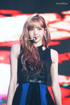 25-HQ-BLACKPINK-Lisa-BBQ-SBS-Super-Concert-2018