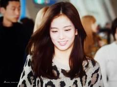 3-BLACKPINK-Jisoo-Airport-Photos-Incheon-5-October-2018