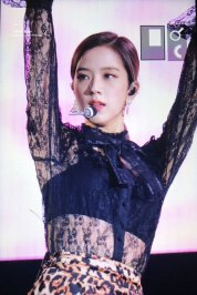 3-BLACKPINK-Jisoo-Tokyo-Girls-Collection-Kitakyushu-2018
