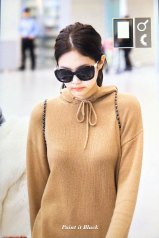 31-BLACKPINK-Jennie-Airport-Photo-Incheon-20-October-2018