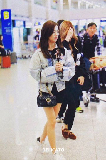 4-BLACKPINK-Jisoo-Airport-Photos-Incheon-Fukuoka-7-October-2018
