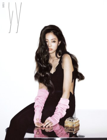 4-HQ-BLACKPINK Jennie W Korea Magazine November 2018 Issue
