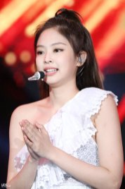 44-HQ-BLACKPINK-Jennie-BBQ-SBS-Super-Concert-2018