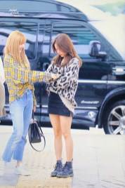45-BLACKPINK-Jisoo-Airport-Photos-Incheon-5-October-2018