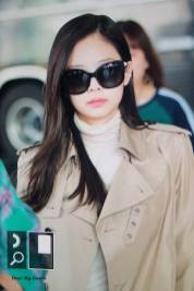 55-BLACKPINK-Jennie-Airport-Photo-4-October-2018-from-Paris