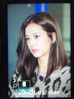 6-BLACKPINK-Jisoo-Airport-Photos-Incheon-5-October-2018