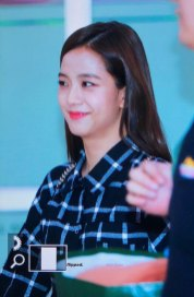 8-BLACKPINK-Jisoo-Airport-Photo-10-October-2018-From-Japan