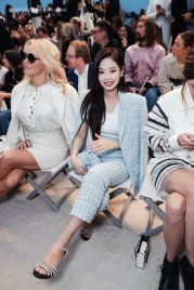 9-BLACKPINK Jennie Chanel Paris Fashion Week Fansite Photos