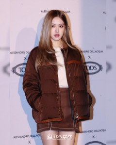 2-BLACKPINK Rose Instagram Photo 27 Nov 2018 TODs Event