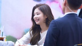 27-BLACKPINK-Jennie-SOLO-Fansign-Event-17-November-2018-Coex