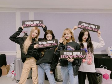 34-Backstage-Photo-BLACKPINK-Seoul-Concert-2018