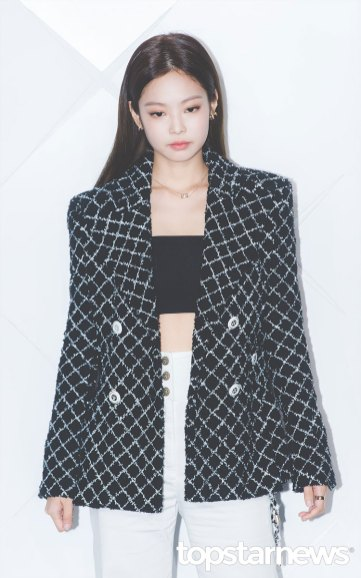 4-BLACKPINK-Jennie-CHANEL-COCO-CRUSH-EVENT-Seoul
