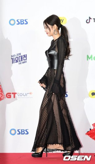 10-BLACKPINK Jennie SBS Gayo Daejun 2018 Red Carpet