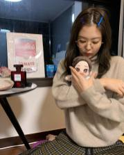 7-BLACKPINK Jennie Instagram Photo 27 December 2018