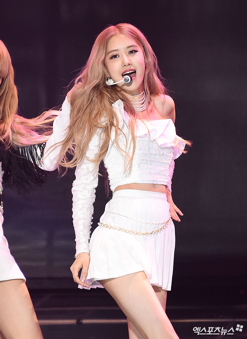 16-BLACKPINK Rose Gaon Chart Music Awards 2019
