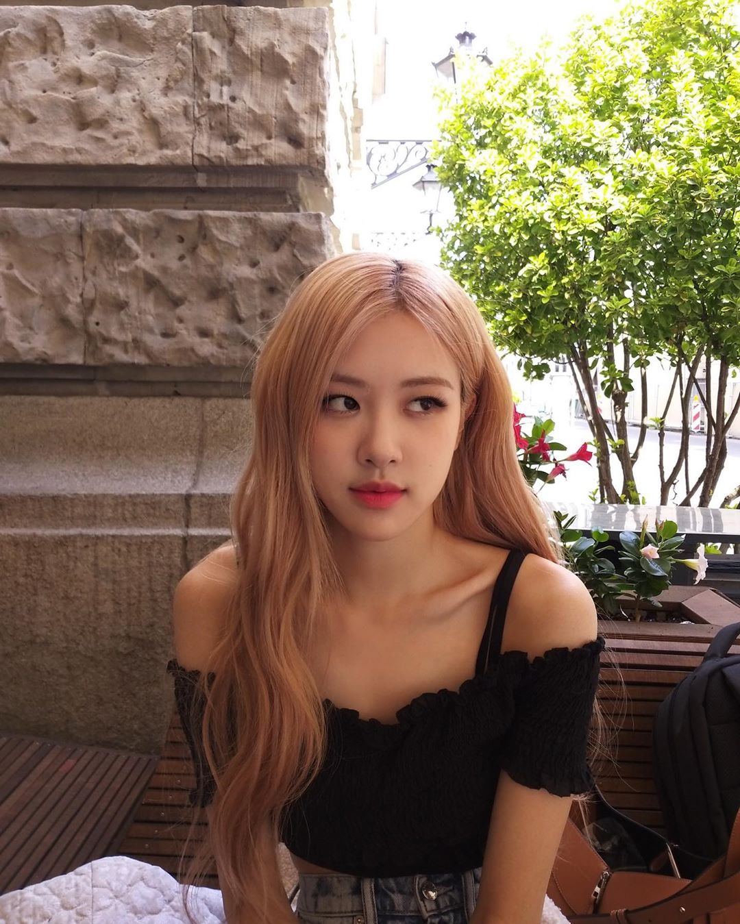 BLACKPINK Rosé Instagram and Insta Story Update, May 25, 2019