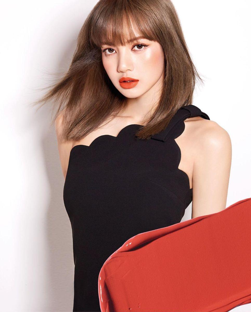 Moonshot Korea Instagram Shared New Photos of BLACKPINK Lisa