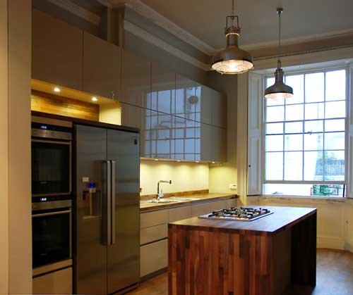 Black Rok Installation In Brighton Handleless Kitchen Cabinets