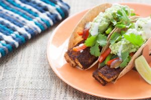vegetarian fajitas with tofu for Cinco de Mayo