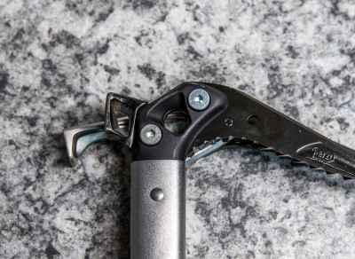 BD Venom Ice Axe