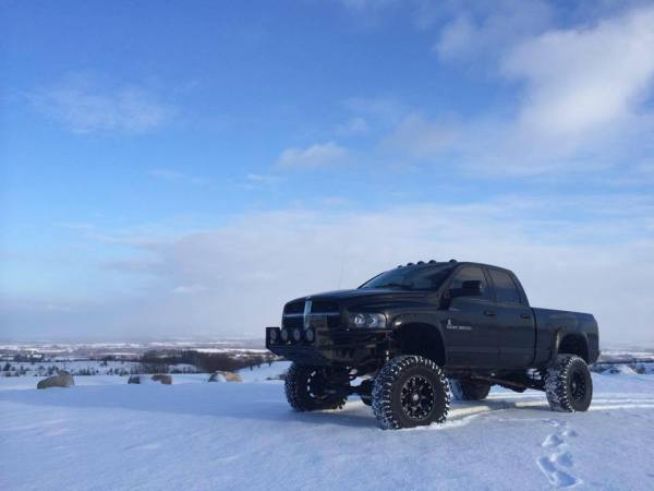 You Have To See This Loud Lifted Cummins Tear Through Some ...