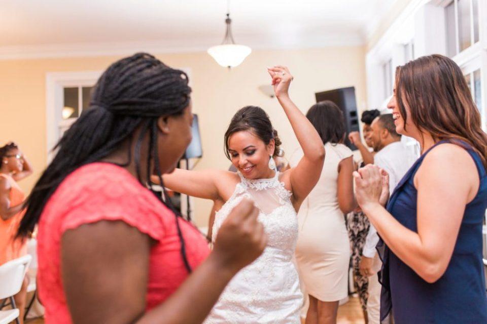 Lyly-and-Devone-Wed_0124-960x640 North Carolina Wedding at the Garner House