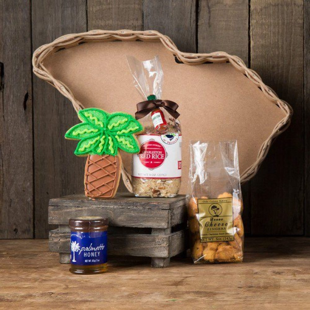 952-0023_sc_basket Southern Inspired Gifts for the Holiday Season