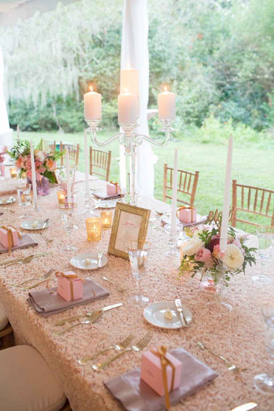 CharlotteElizabeth2-960x1440 Our Favorite Southern Tablescapes for Spring