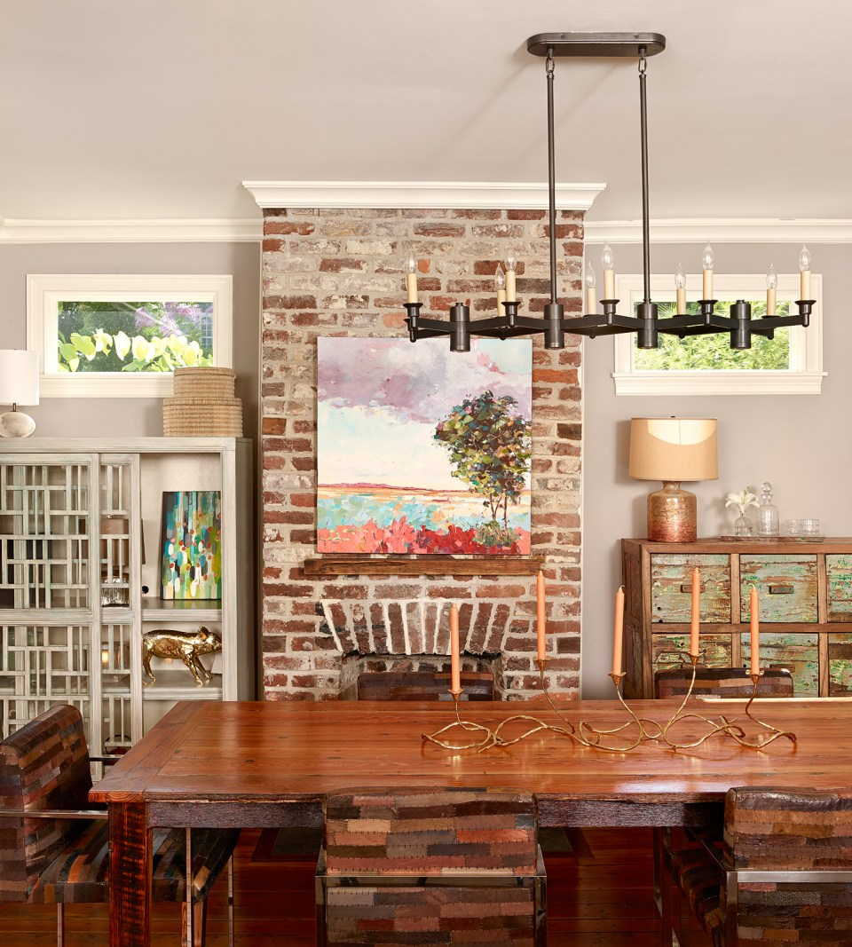 17.Photo-2-960x1067 Stylish Apartment Living for a Modern Black Southern Belle